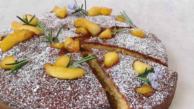 cake pomme romarin